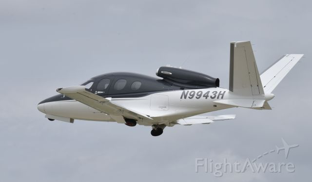 Cirrus Vision SF50 (N9943H) - Airventure 2017
