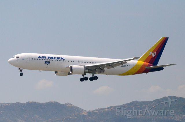BOEING 767-300 (DQ-FJC) - Airline: Air Pacific (FJ/FJI); Airport: Hong Kong International Airport (HKG/VHHH); Camera: Nikon D7000; Date: 4 July 2011