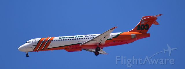 "McDonnell Douglas MD-87 (N293EA) - T103 en route to KIWA after a LAT drop on the ""Telegraph Fire"" in Arizona, 2021."