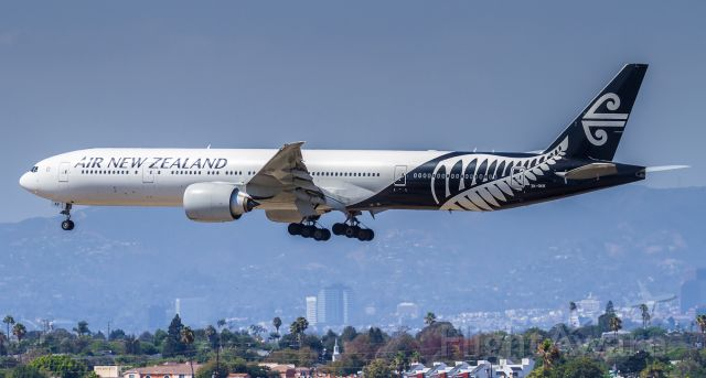 BOEING 777-300 (ZK-OKR) - ANZ2 about to touch down on 24R at LAX after the 11 hour flight from Auckland