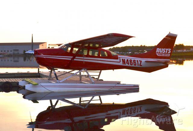 Cessna 206 Stationair (N4661Z) - 4 am on Lake Hood , Anchorage Alaska