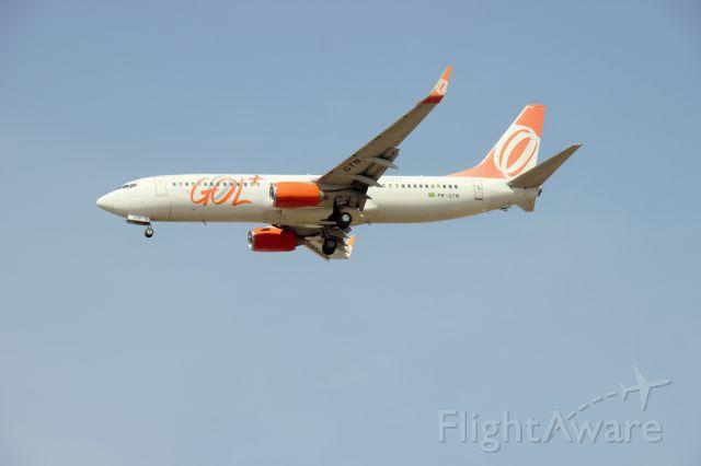 Boeing 737-800 (PR-GTN) - Aeroporto de Confins