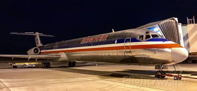 McDonnell Douglas MD-83 (N969TW) - Gone but not forgotten!  For about a year American flew the MD-80 on the DFW-GSP route.  It has since been replaced by the 737.  One of the best looking planes ever to fly!  Happy Retirement Super 80!