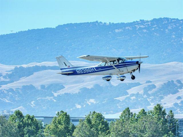 N9396H — - Cessna 172M departing Livermore Muni, Livermore CA, August 2020