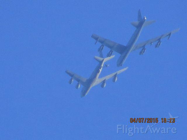Boeing B-52 Stratofortress (61-0016)