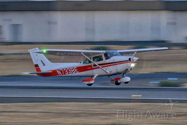 Cessna Skyhawk (N733BE) - Cessna 172N night return to Livermore Municipal Airport (CA). July 2021