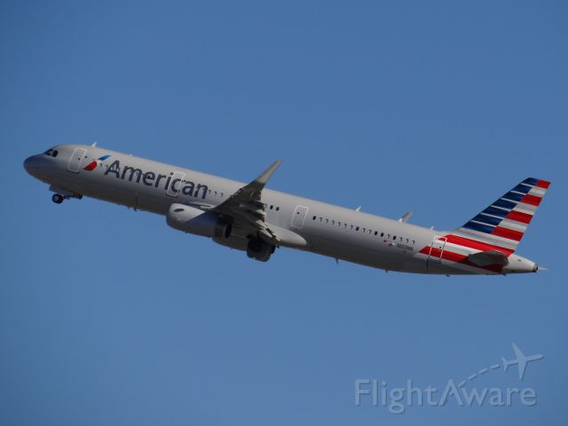 Airbus A321 (N109NN) - Los Angeles Airport March 2014. 3/30/14