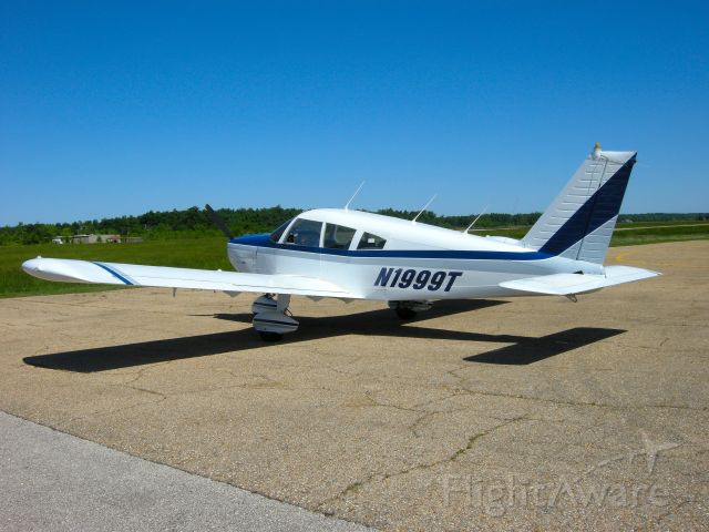 Piper Cherokee Arrow (N1999T) - This plane was auctioned by the IRS
