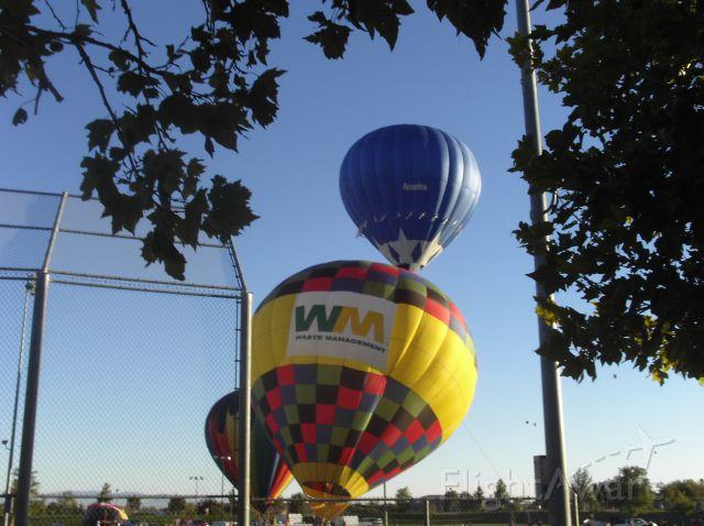 — — - The Waste Manegment ballon. 2005