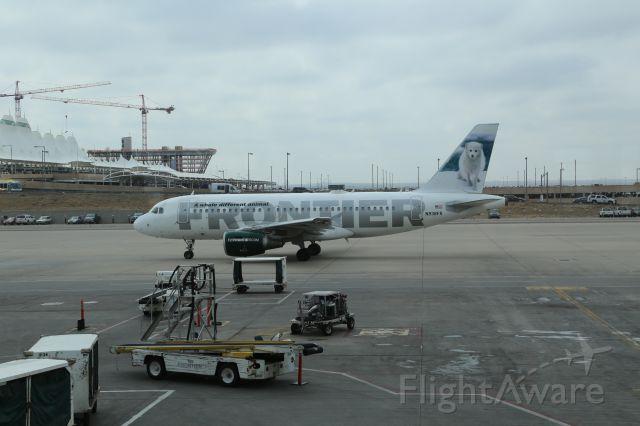 Airbus A319 (N938FR)