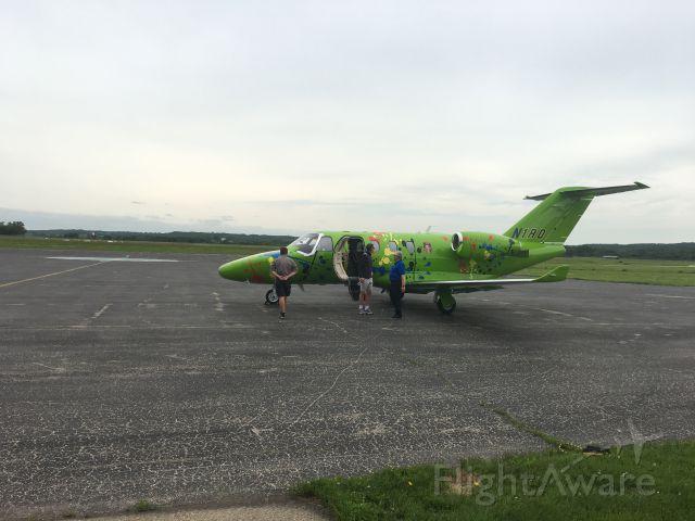 Cessna Citation M2 (N1RD) - Unique paint scheme.