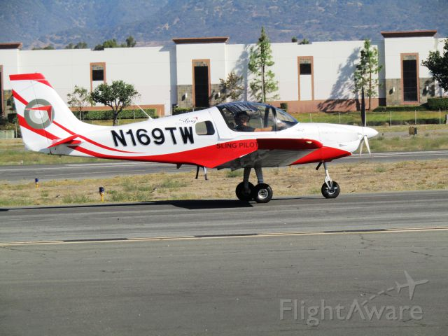 Aircraft Factory Sling 2 (N169TW) - Taxiing to RWY 26L