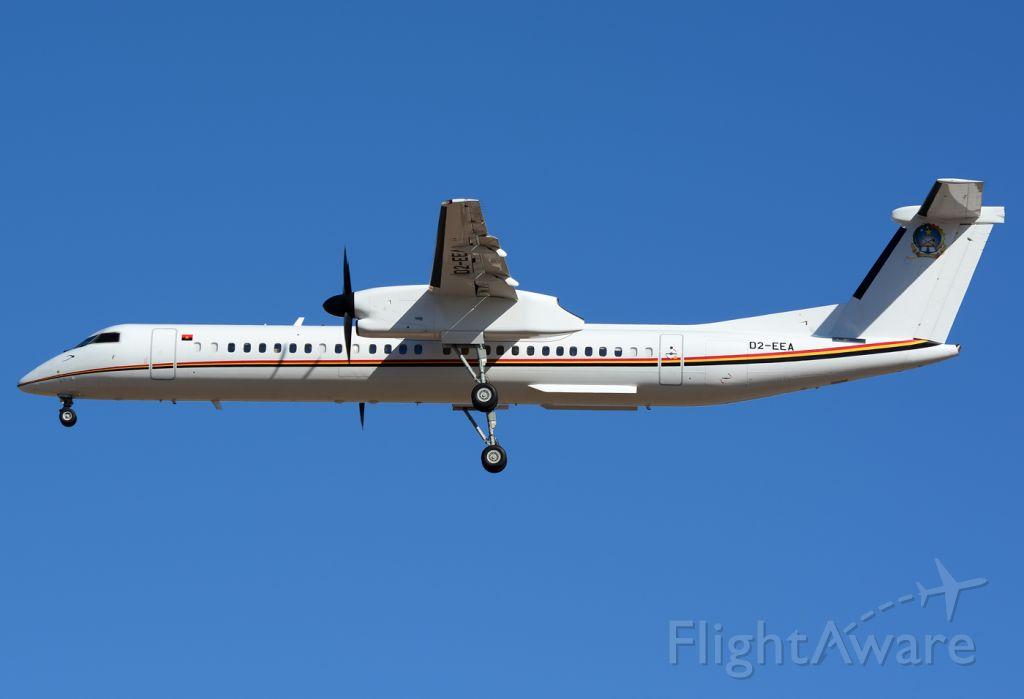 de Havilland Dash 8-400 (D2-EEA) - Angola Air Force.