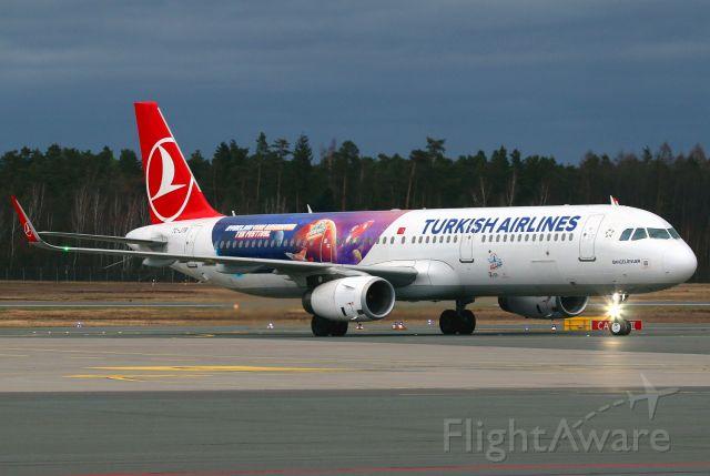 Airbus A321 (TC-JTR)