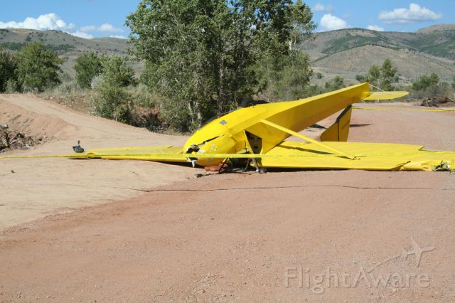 — — - Schweizer 2-32, Crosswind landing with a windgust put it in the trees. No fatality, luckily.