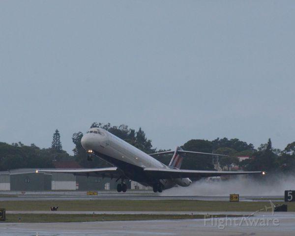 McDonnell Douglas MD-88 (N953DL) - Imaged on 10/2/12