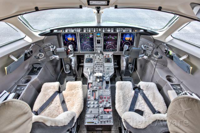 Bombardier Challenger 300 (N625EL) - Corporate Flight Management