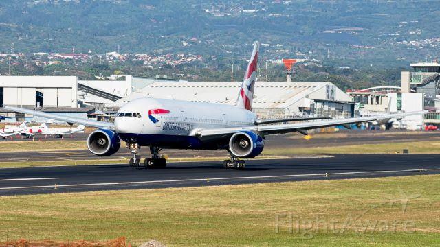 Boeing 777-200 (G-YMMD)