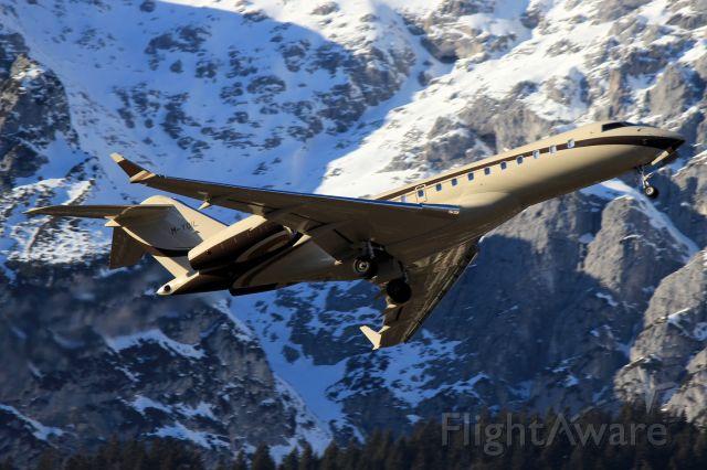 Bombardier Global Express (M-YOIL)