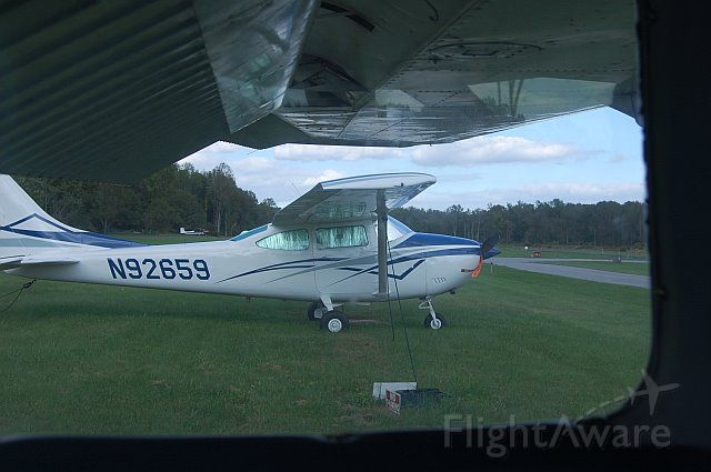 Cessna Skylane (N92659) - Cessna 182