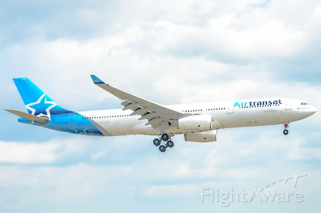 Airbus A330-300 (C-GCTS)