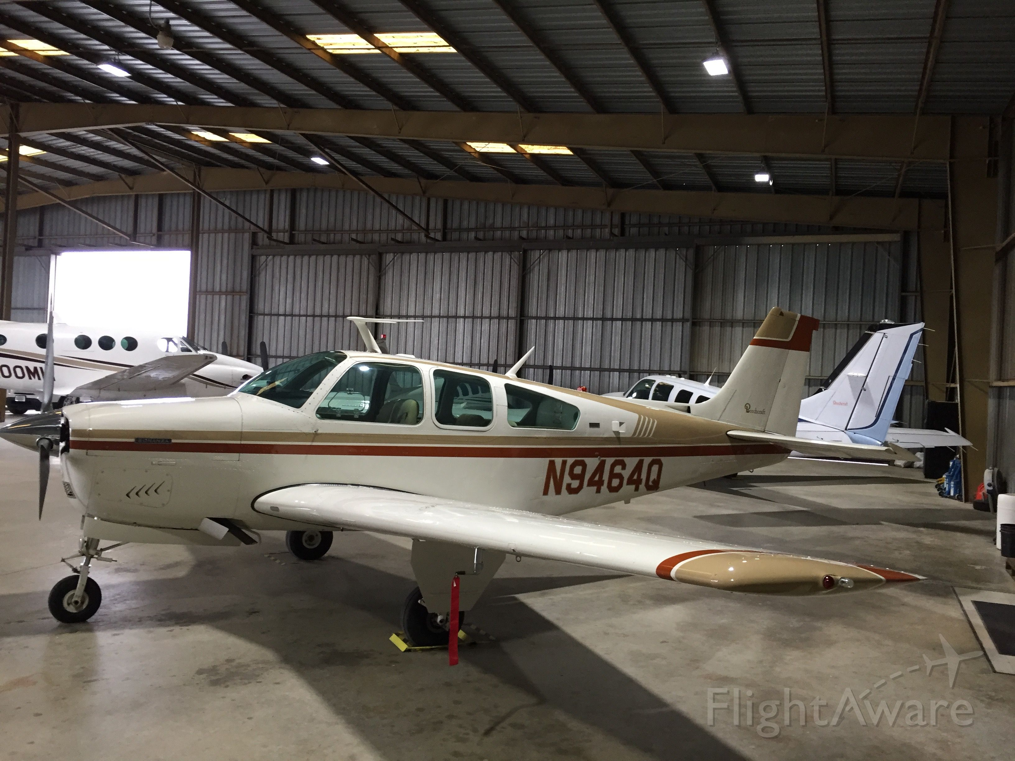 Beechcraft Bonanza (33) (N9464Q)