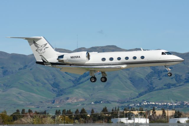 Gulfstream Aerospace Gulfstream IV (KFB605)