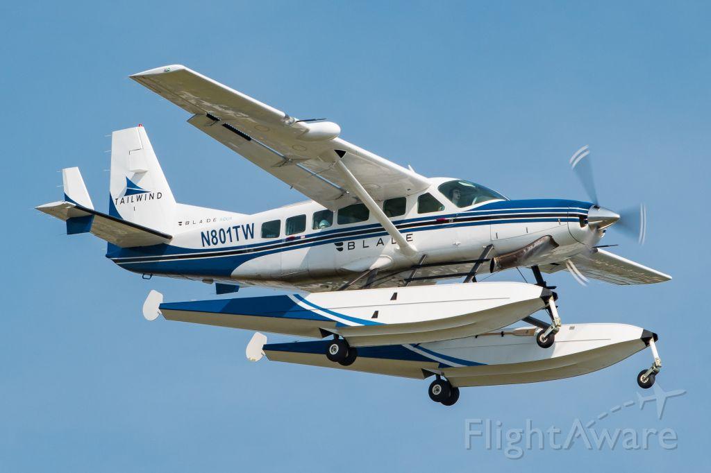 Cessna Caravan (N801TW)