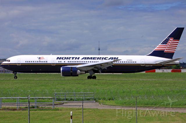 BOEING 767-300 (N760NA)