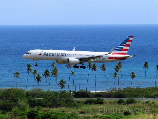 Boeing 757-200 (N188AN)
