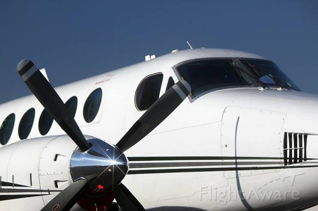 Beechcraft King Air 100 (N821CB)