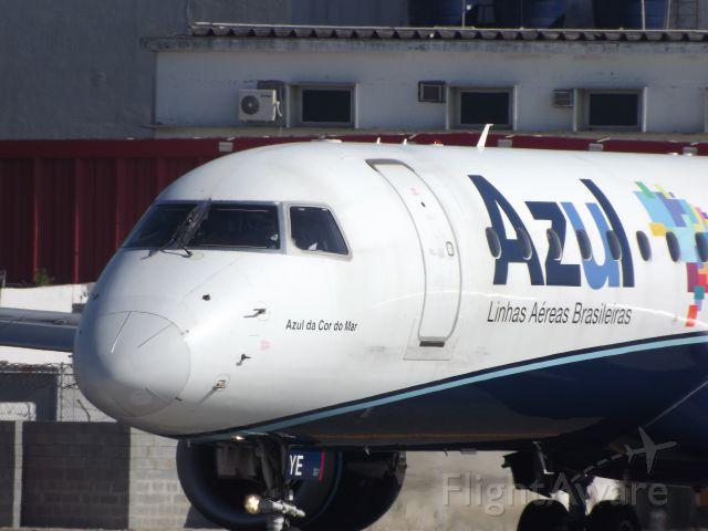 Embraer ERJ-190 (PR-AYE)