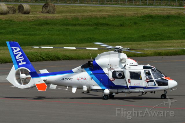 VOUGHT SA-366 Panther 800 (JA6770) - JA6770 AS65 (Aerospatiale AS365N2 Dauphin 2) All Nippon Helicopterbr /2014-06-28
