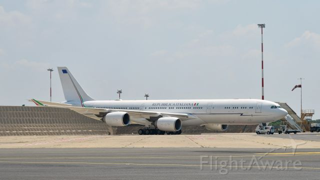 Airbus A340-500 (I-TALY) - Repubblica Italiana (Aeronautica Militare) Airbus A340-541 I-TALY in Roma Fiumicino