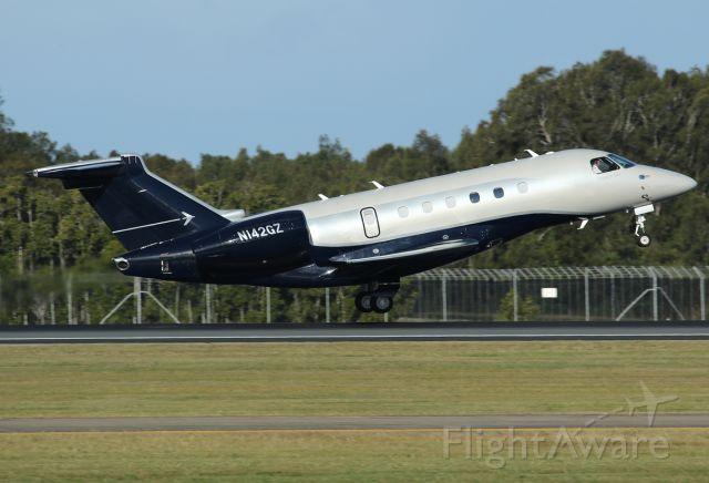 Embraer Legacy 550 (N142GZ)