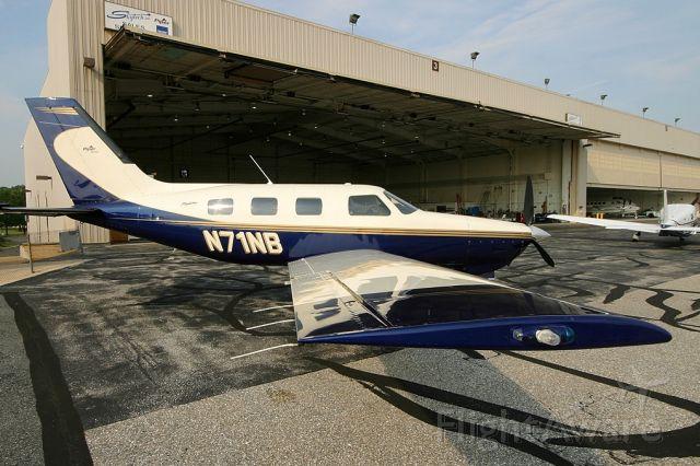 Piper Malibu Mirage (N71NB)