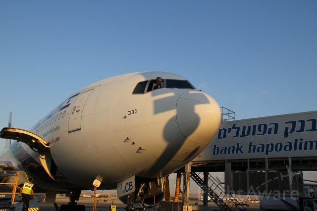 Boeing 777 —