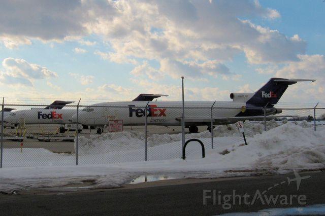 BOEING 727-200 (N204FE)