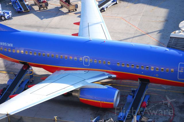 Boeing 737-700 (N951WN) - A Southwest 737-700 sitting at its gate in Phoenix. Only a few years old