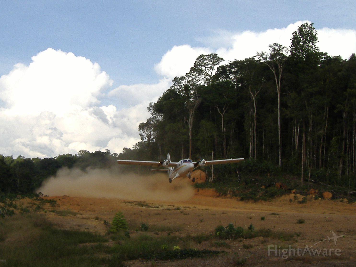De Havilland Canada Twin Otter (PZ-TBW) - Twinotter departing Tossokreek - Suriname