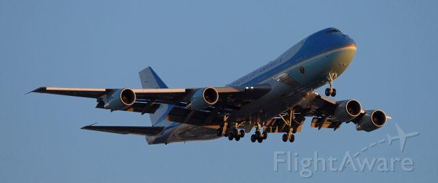 Boeing 747-200 (N28000) - phoenix sky harbor international airport Air Force One 19FEB20