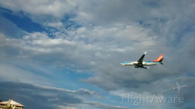 — — - landing airport  scarlett martinez panama  rio hato