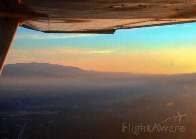 Cessna Commuter (N22648) - Descending into Roanoke, beautiful sunset over the Roanoke Valley!