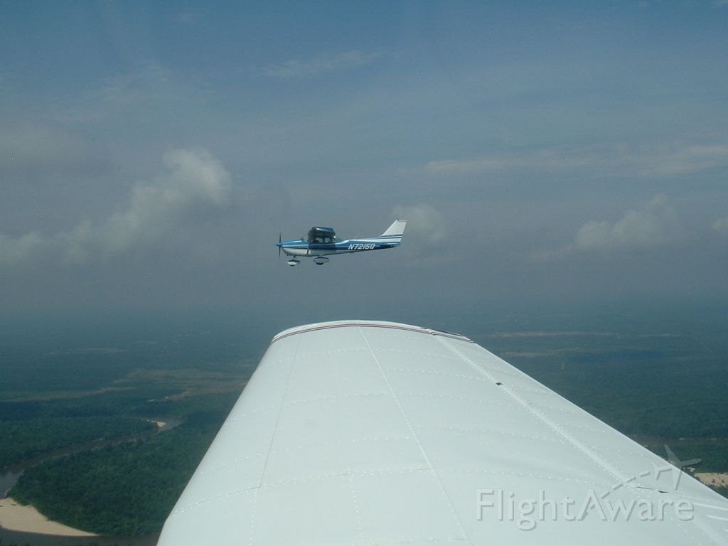 Cessna Skyhawk (N7215Q)
