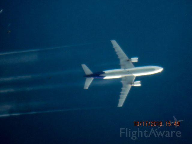 Airbus A300F4-600 (N689FE)