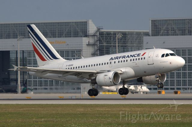Airbus A318 (F-GUGG)