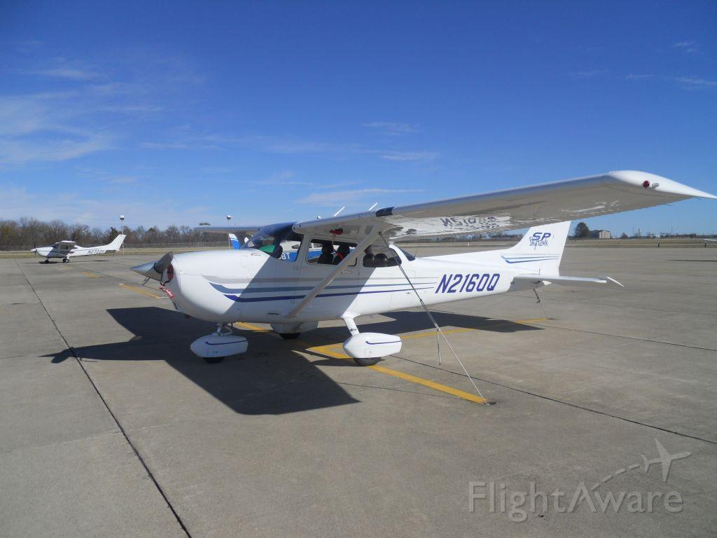 Cessna Skyhawk (N2160Q)