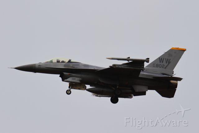 Lockheed F-16 Fighting Falcon (90-0802)