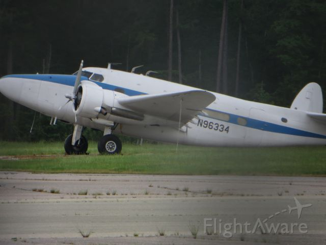 Beechcraft 18 (N96334)