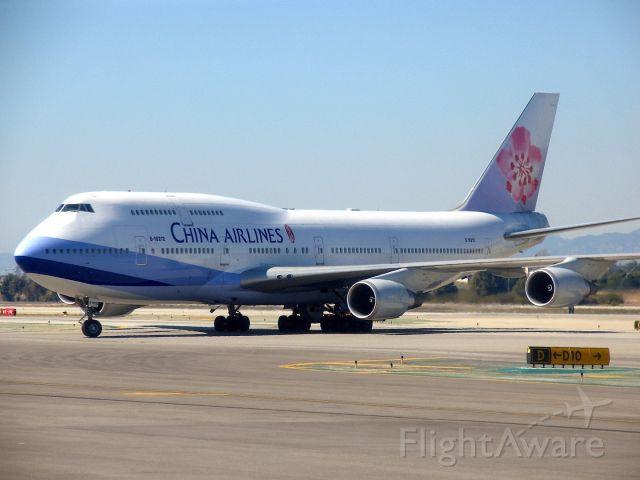 Boeing 747-200 (B-18212) - Boeing 747-409br /Photo: 25.02.2007